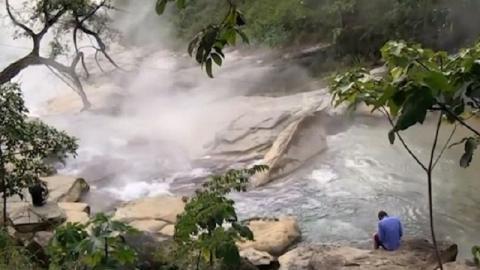 অ্যামাজনে রহস্যজনক ফুটন্ত নদী, পানিতে নামলেই সিদ্ধ হবেন!